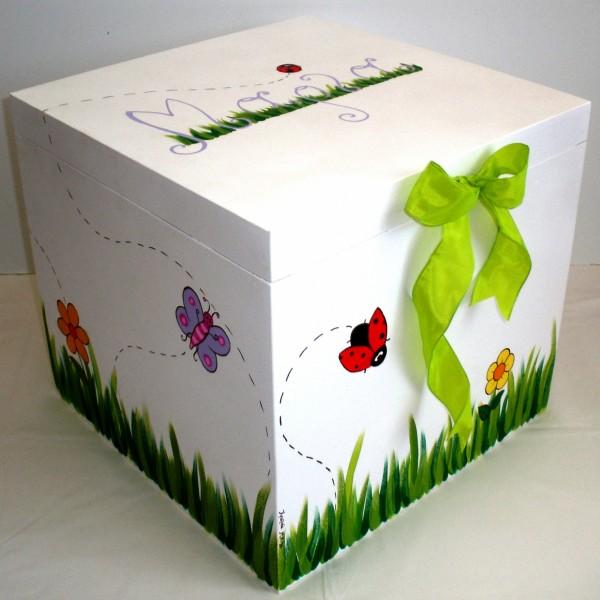 Κουτί βάπτισης Πασχαλίτσα VK021
