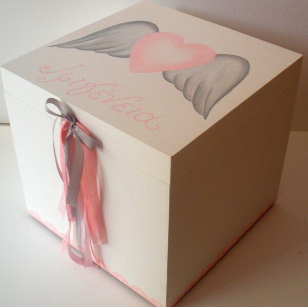 Κουτί βάπτισης Φτερωτή καρδιά VK038