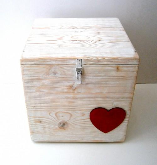 Κουτί βάπτισης Κόκκινη Καρδιά VK066