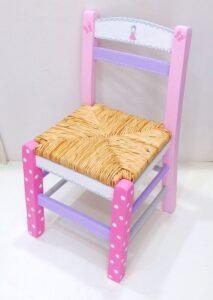 Ζωγραφιστή ξύλινη καρεκλίτσα Κοριτσάκι - DE039