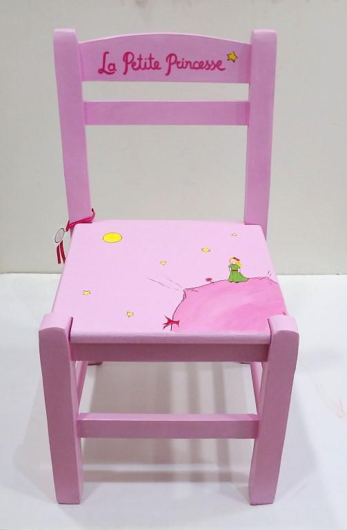 Ζωγραφιστή ξύλινη καρεκλίτσα καφενείου Mικρή Πριγκίπισσα - DE040
