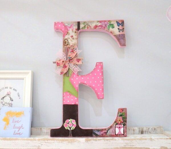 Ξύλινα, ζωγραφιστά γράμματα για τον τοίχο ZG041