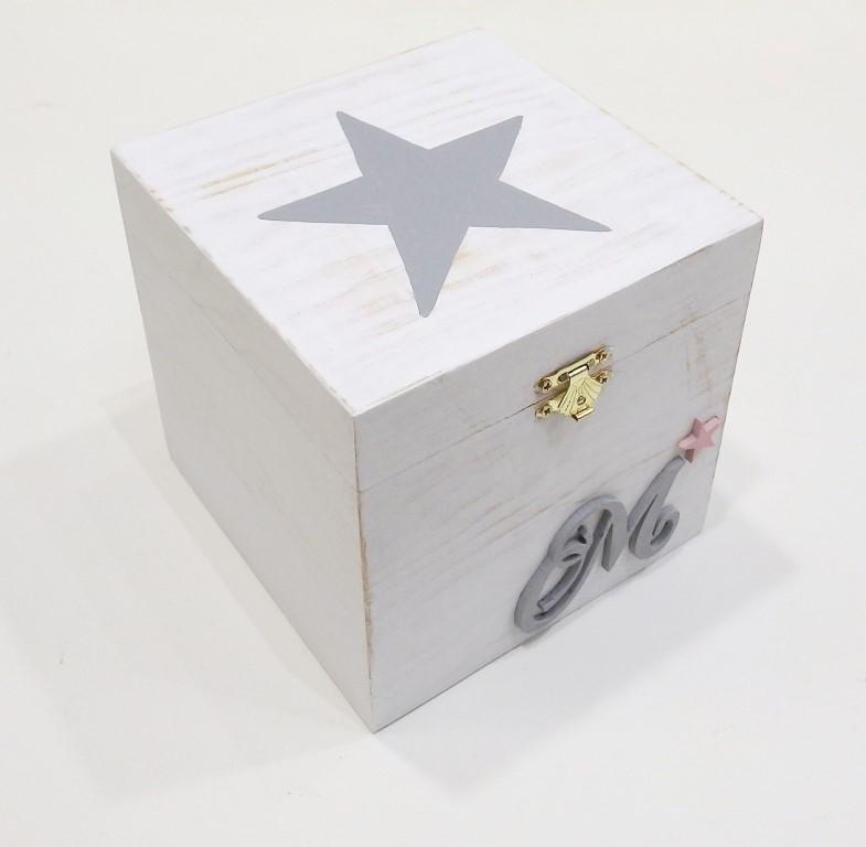 Ζωγραφιστό κουτάκι με μονόγραμμα ξύλινο - DZK047