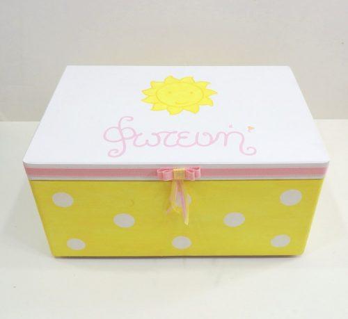 Χειροποίητο κουτί βάπτισης Ήλιος VK090