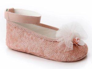 βαπτιστικά-παπούτσια-αγκαλιάς-κορίτσι-8006