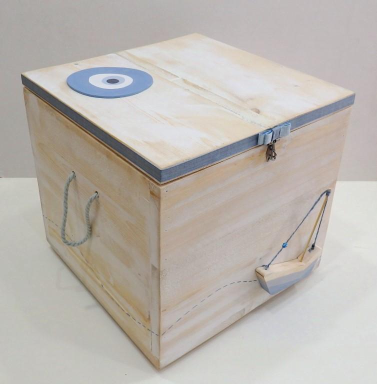 Κουτί βάπτισης Μάτι Καραβάκι - VK099