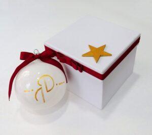 Χριστουγεννιάτικη μπομπονιέρα γάμου μπάλα σε κουτί - WB103