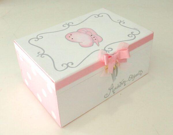 Ξύλινο κουτί πεταλούδα - DZK059