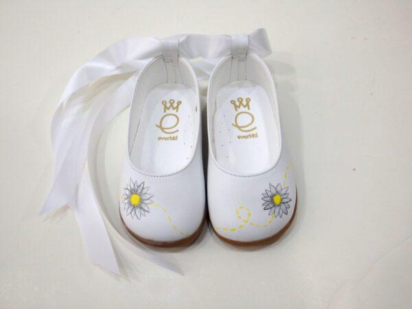 Βαπτιστικά ρούχα και παπουτσάκια μαργαρίτα Bd095